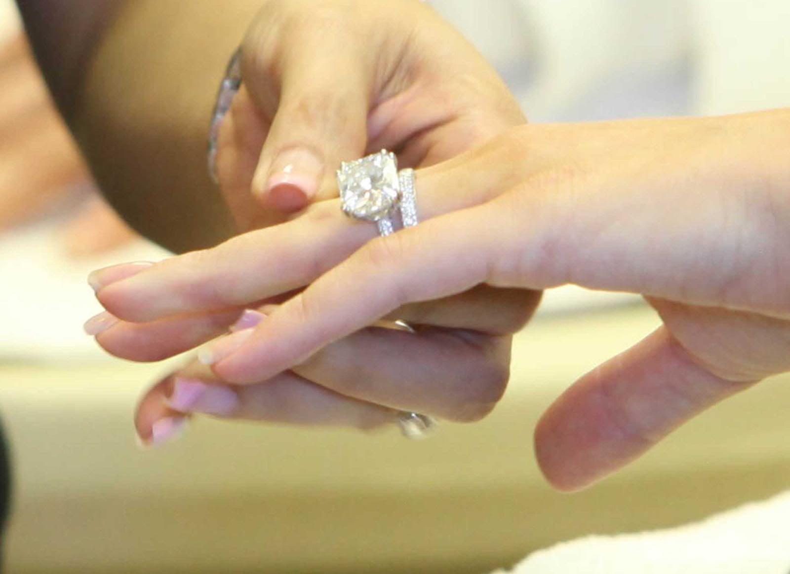 cpp10jpg 16001164 celebrity engagement rings Pinterest