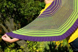 Flower Flakes shawl by Iwona Eriksson