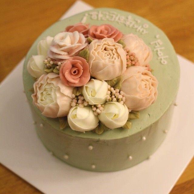 돔 생신케익 #mydearcake #flowercake #baking #마이디어 #마이디어케이크