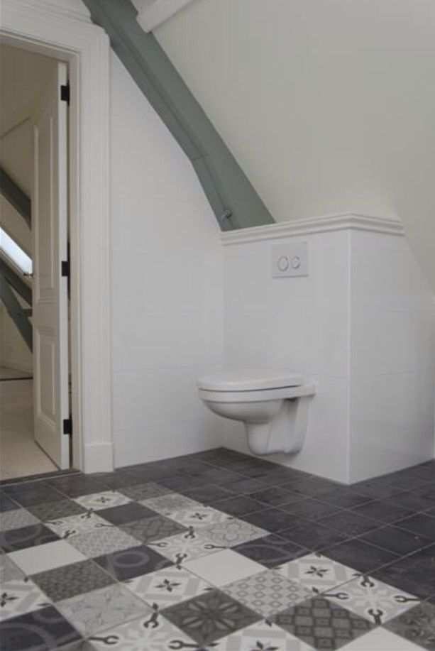Badkamer met onderhoudsvrije keramische patroontegel 1900 vintage mix mawi - Badkamer keramische ...