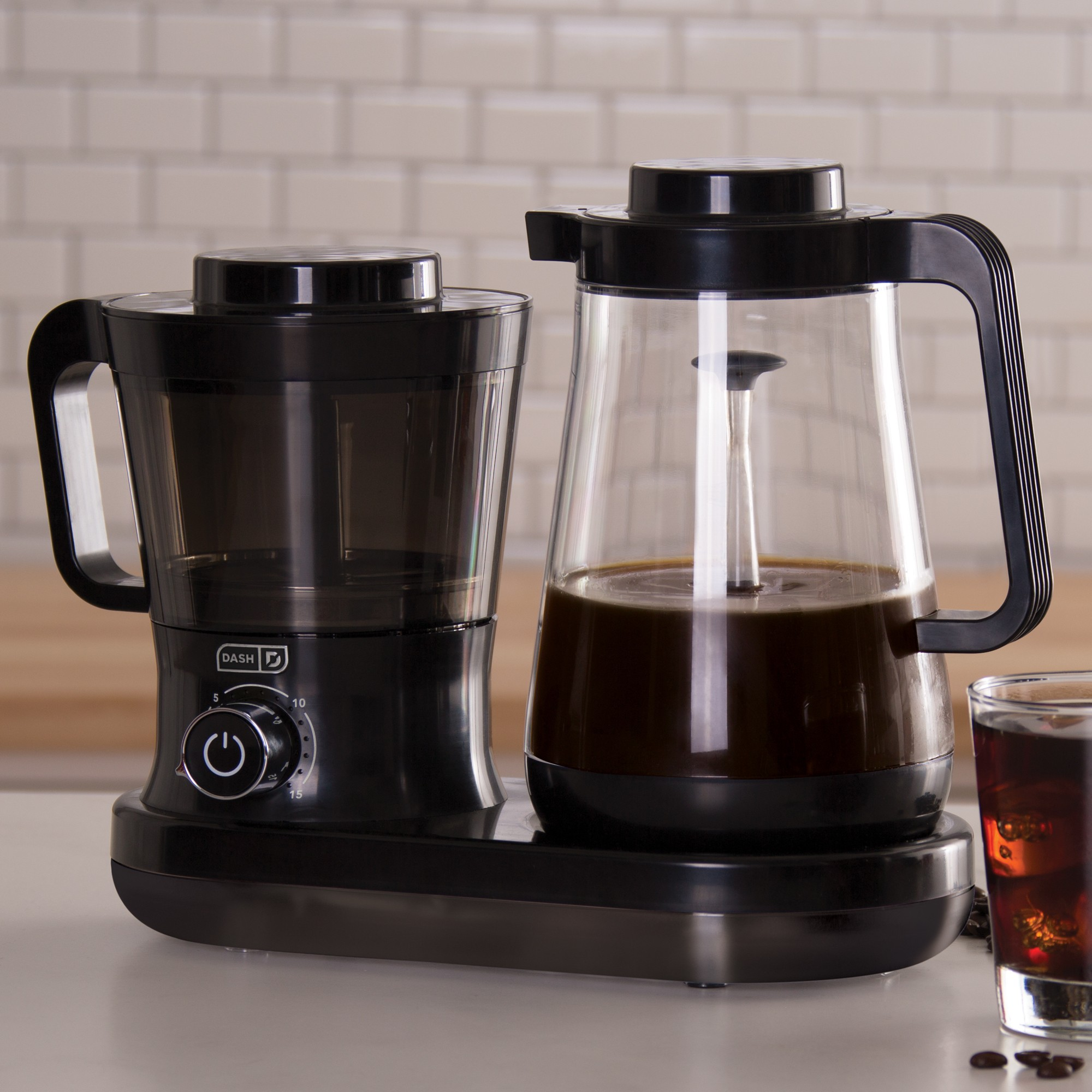 Dash Cold Brew Coffee Maker Black Cold brew coffee