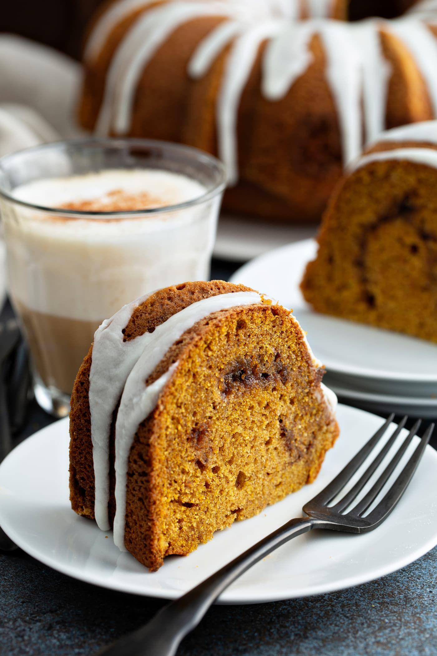 Sour Cream Cinnamon Swirl Pumpkin Bundt Cake - Oh