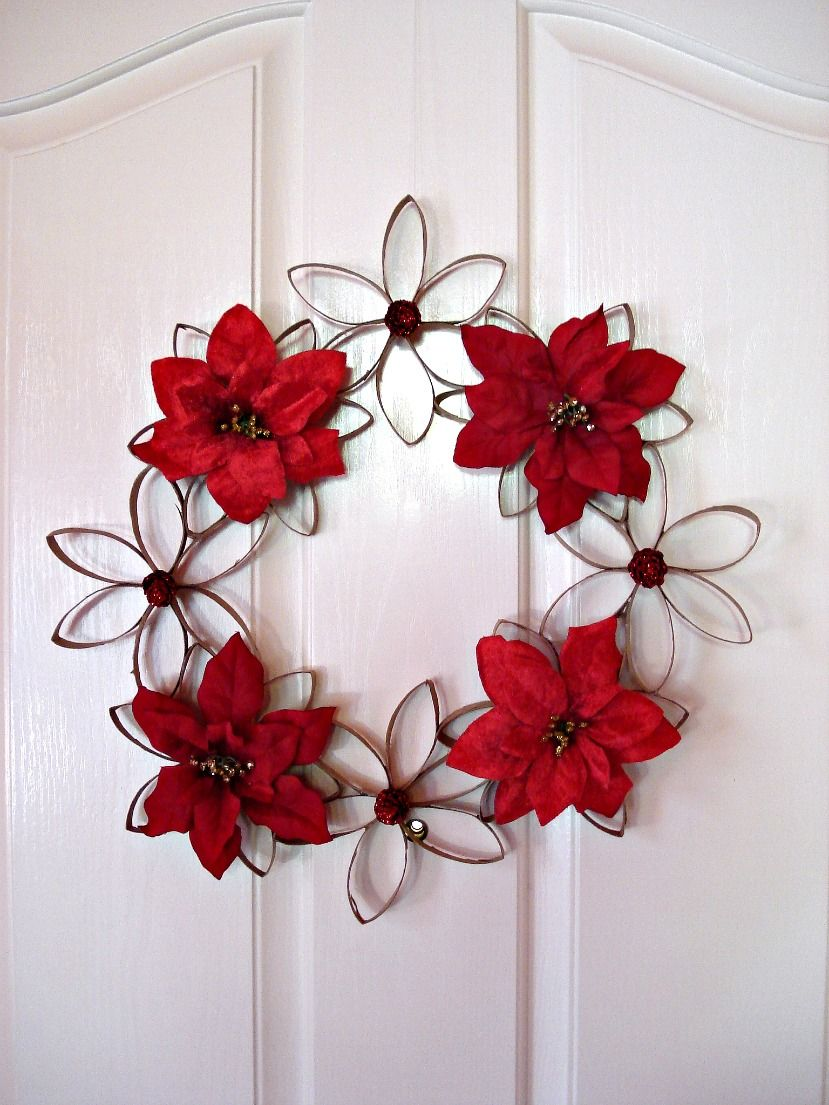 As some of you may know i love to craft and i especially love to the adventures of lolailo toilet paper tubes christmas wreath jeuxipadfo Images