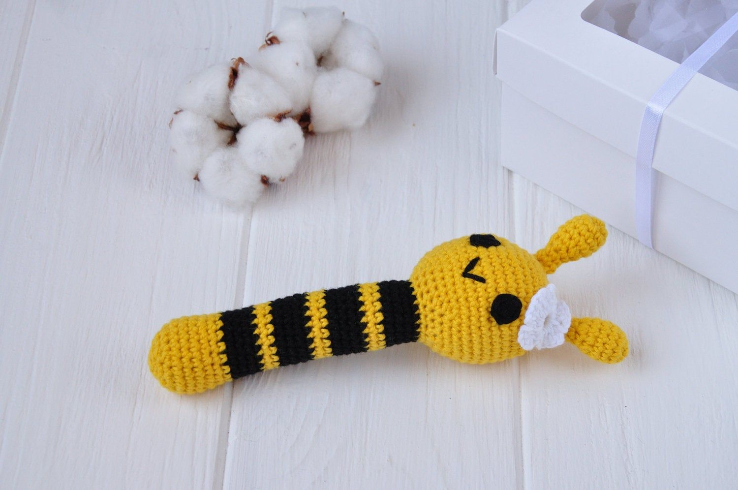 Bee Rattle Crochet Pattern | 996x1500