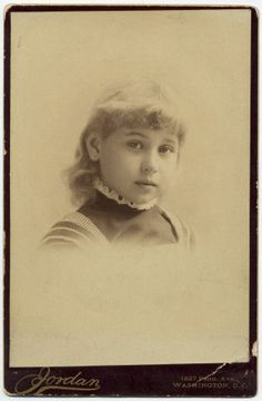 *JESSIE HARLIN LINCOLN~spent part of her childhood inWA,D.C. when her father was Secretary of War+later lived in London,Eng. when her father was the Minister toGreat Brit. Her brother,Abraham Lincoln II,died on 3/5/1890 inLondon@age16+3yrs later,the family returned toAmerica,ultimately to Mary EuniceHarlan's mother's res.inMount Pleasant ,Iowa.Jessie +her sister were piano students in the summer session of Iowa Wesleyan.She was later initiated into thePleasantChapter A of theP.E.O…