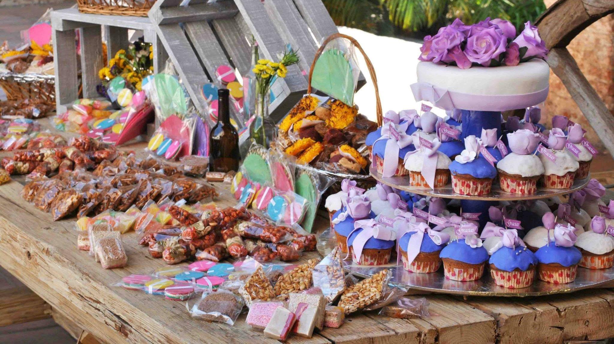 Mesa de dulces mexicanos para boda google search - Mesa de dulces para boda ...