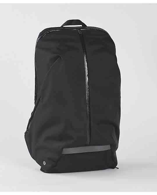 0da0880b629 Para Backpack   Contained   Pinterest