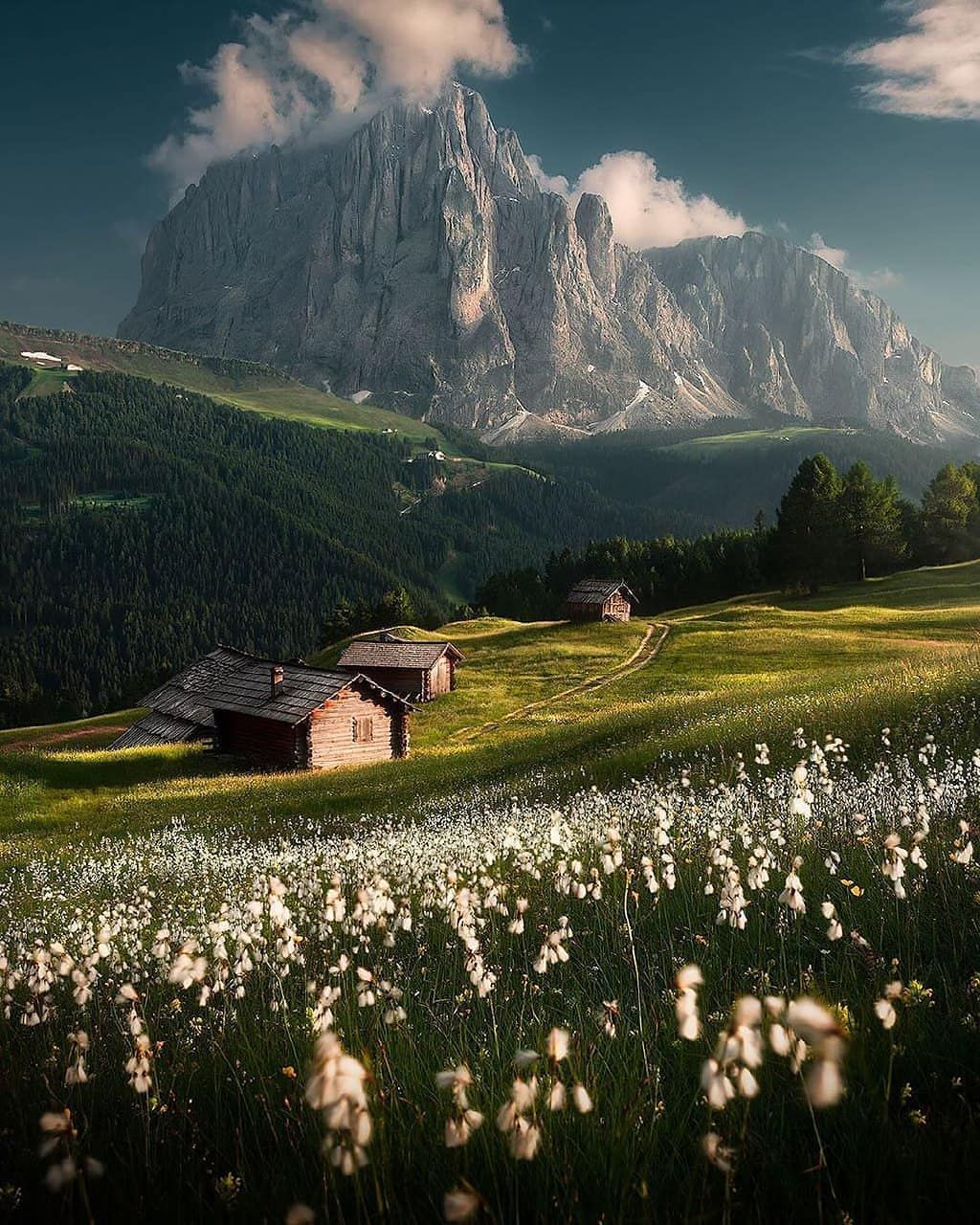 Awesome World S Landscapes On Instagram This Is An Awesome Place To Live Italy In 2020 Beautiful Nature Landscape Nature