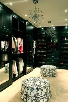 Walk in closets with windows   bedroom designs with walk in closets and closet organizing tips #homedesign #walkinclosets #clothing