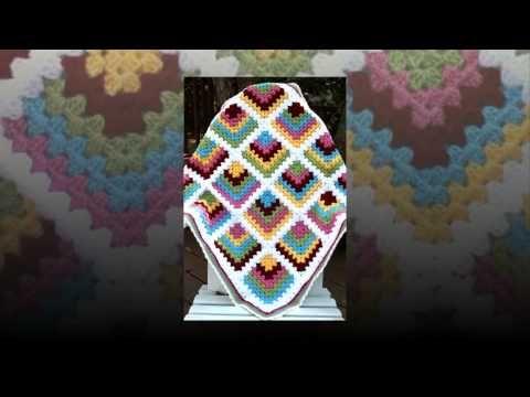 crochet pattern for arm warmers free - http://www.knittingstory.eu/crochet-pattern-for-arm-warmers-free/