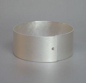 Els Vansteelandt | roundish  Glamour 1    bracelet    silver 935