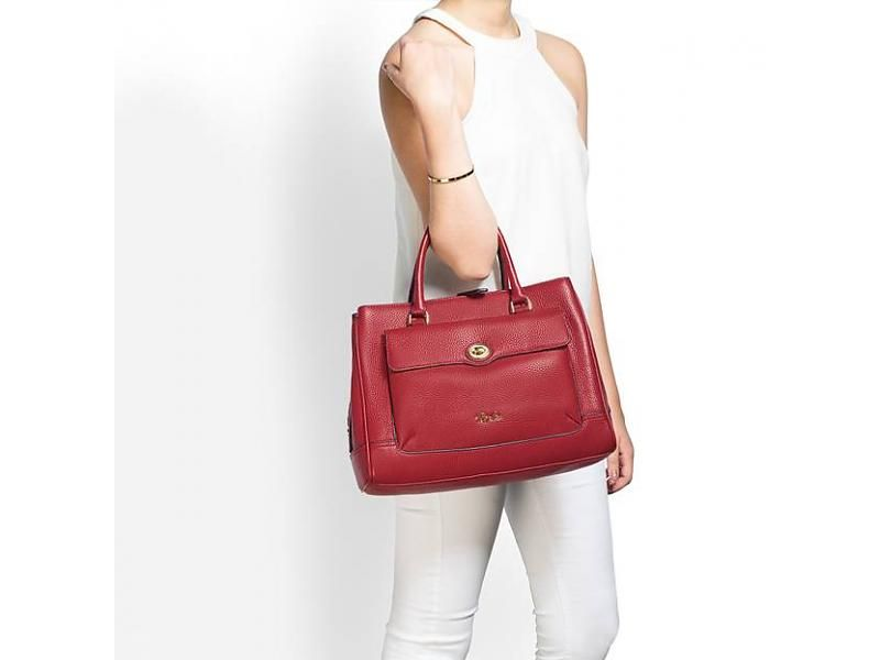 c1ce4738fd Chic red handbag!  designerbag  handbags  handtas  rodehandtas  fashion   style