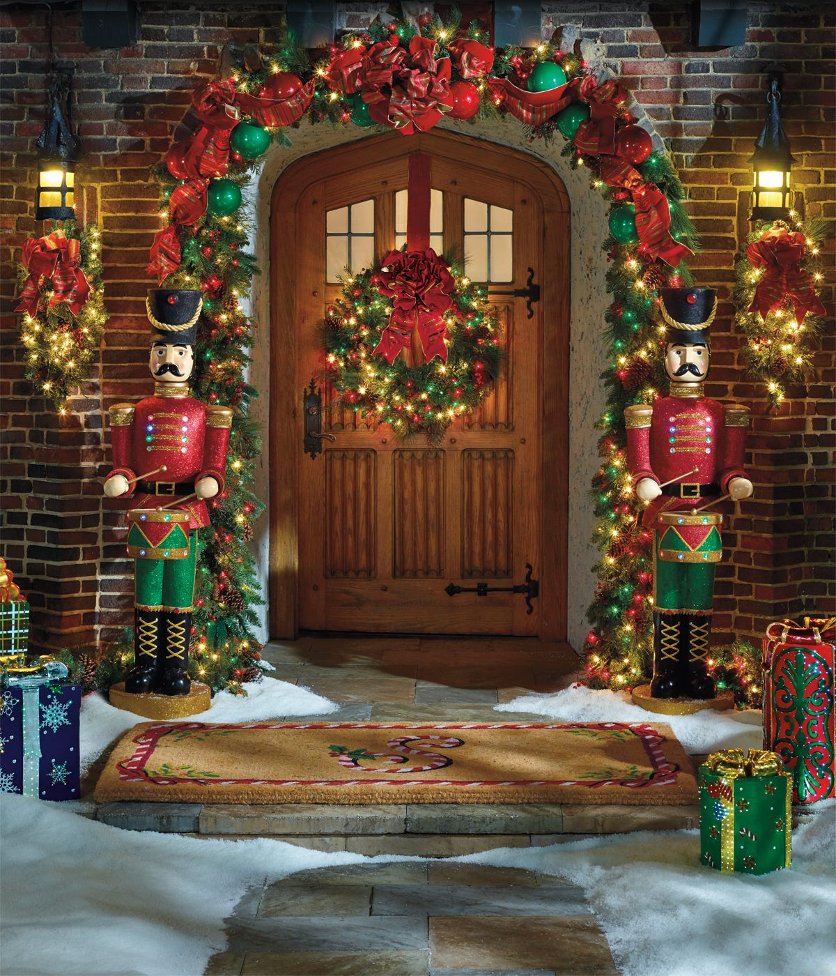 Classic Outdoor Greenery Collection - Frontgate (love the garland) : door garland - pezcame.com