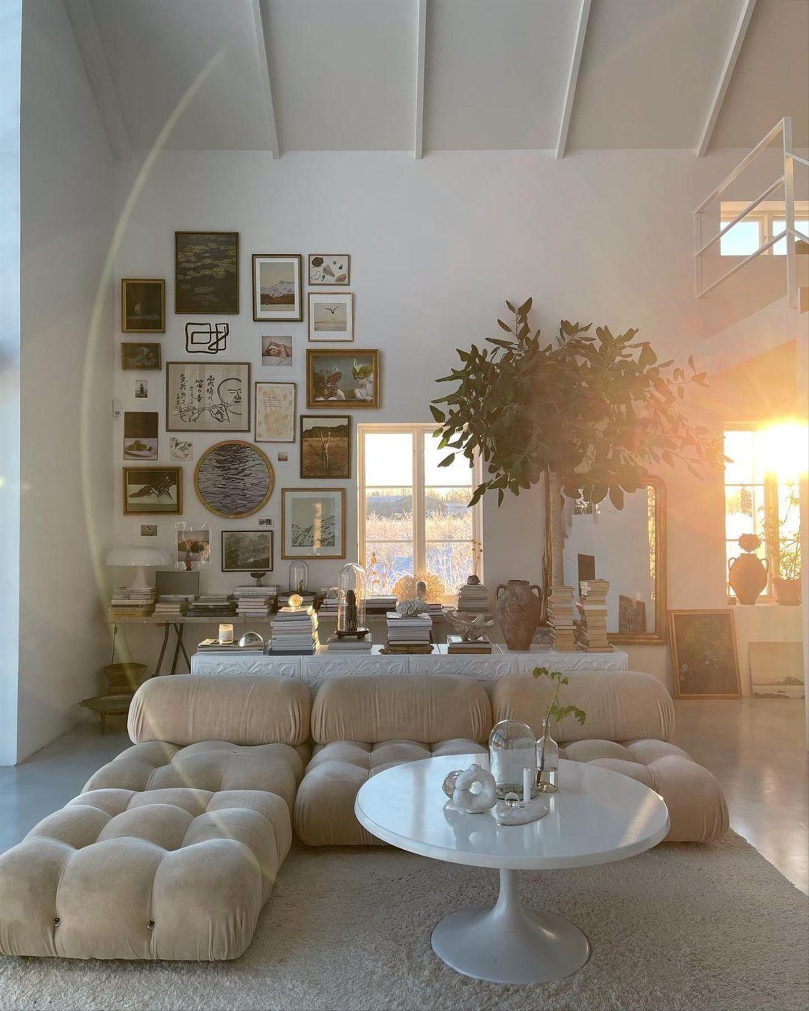 Sweet Home: Neuer Möbeltrend – Wie wärs mit einem Riesensofa?