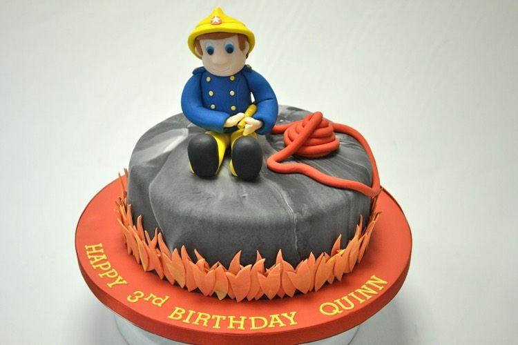 Gateau Anniversaire Sam Le Pompier Pour Emerveiller Votre Enfant Et Ses Copains Anniversaire Sam Le Pompier Gateau De Sam Le Pompier Et Gateau Anniversaire