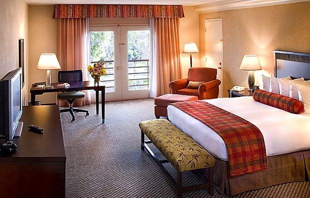 C mo dise ar una habitaci n de hotel hoteles pinterest for Como disenar una habitacion en 3d