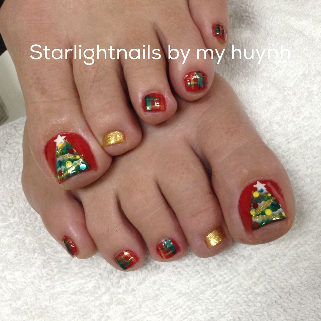 Christmas nails design | Nails | Pinterest