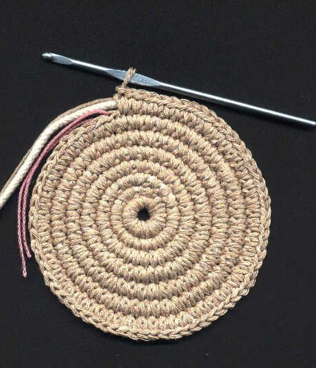 Clothesline Crochet in the Round Tutorial