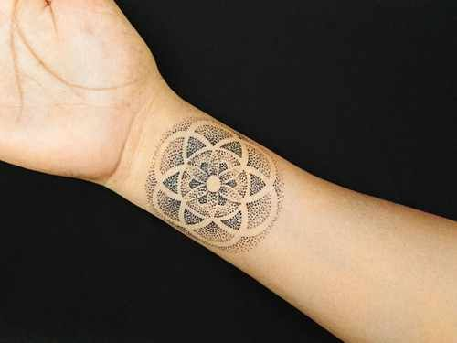 ad80c3793 Cute and rather subtle pointillism wrist tattoo. | Ink & scars ...