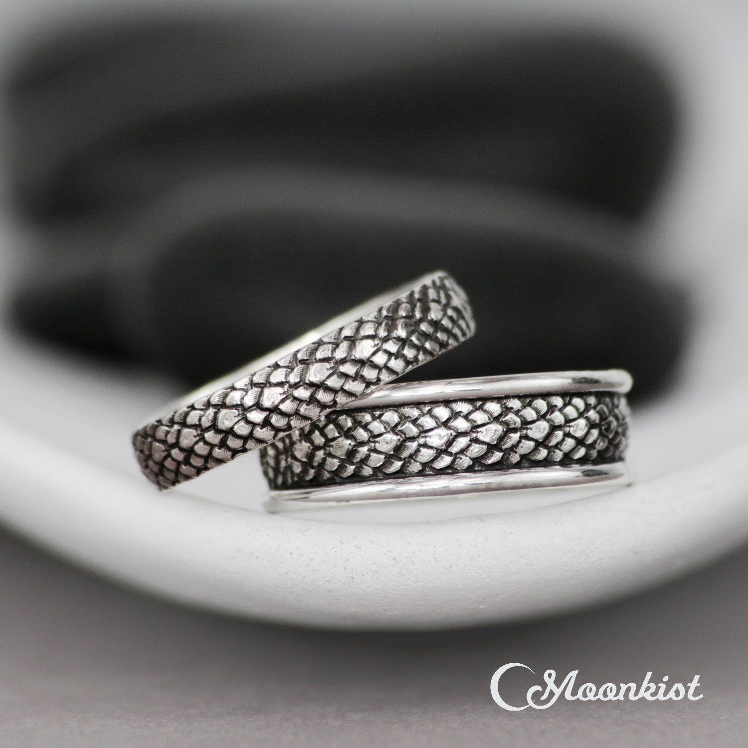 Dragon Wedding Band Set Matching Rings For Couples Sterling Silver Wedding Ring Set His And Her Dragon Rings Moonkist Designs In 2020 Sterling Silver Wedding Rings Sets Sterling Silver Wedding