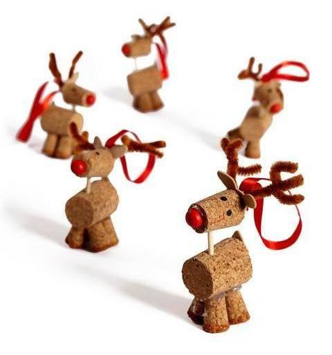 Rennes de Noël en bouchons de liège pour ancrer l\u0027ambiance des fêtes
