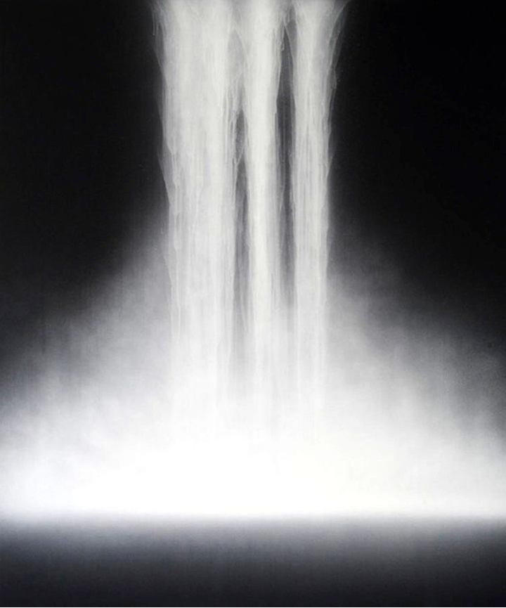 Japanese painter Hiroshi Senju makes large scale paintings of waterfalls using interesting materials and an age old technique.