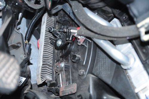 Tìm hiểu vai trò của lọc gió xe ô tô