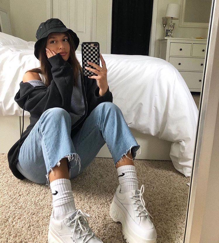 Photo of iconic fashion on Twitter