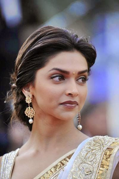 Loose Braided Bun Bollywood Hairstyles Deepika Hairstyles Indian Hairstyles
