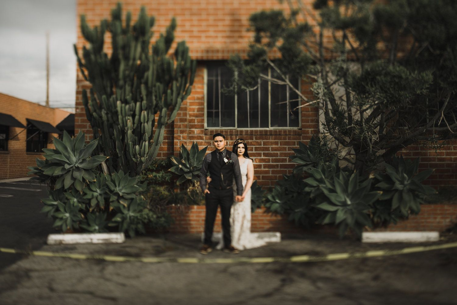 Smoky Hollow Studio Wedding El Segundo Autumn Inspirationindoor Ceremonywarehouse Weddingwedding Locationswarehousesreceptionslos Angeles