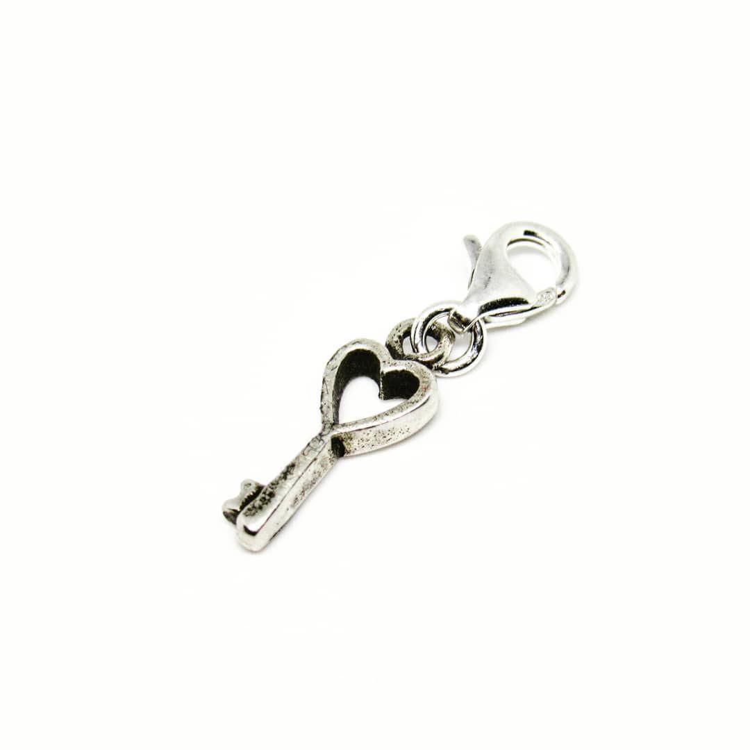 d82fd673cce8 Colgante de plata para pulsera tipo pandora llave Precio $ 5.000 ...