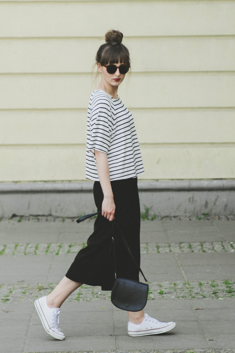f5273230a1 Striped tee by H&M, black culottes by Primark and black chucks. | I ...
