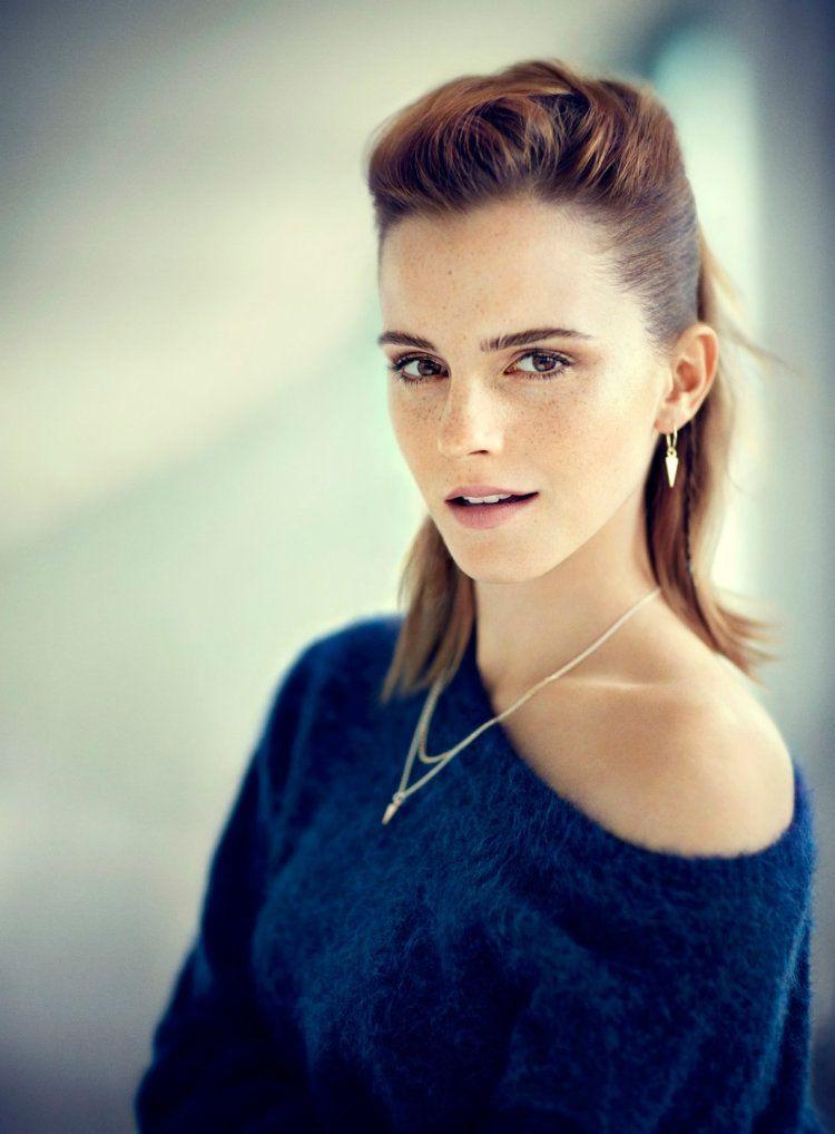 The sexiest photos of Emma Watson's body (30+ photos