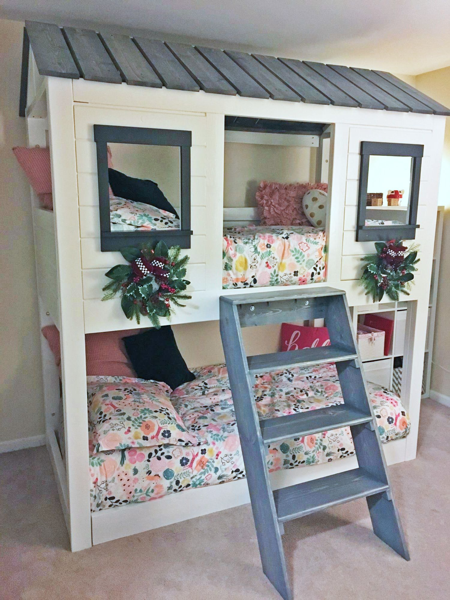 Loft Cabin Bunk Bed Ana White in 2020 Bunk bed plans