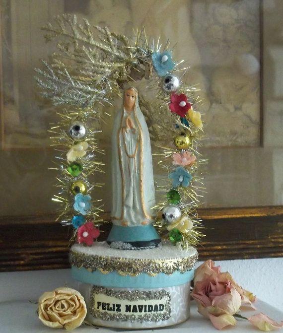 Serene Mary Feliz Navidad Box by LUCCICARELUCE