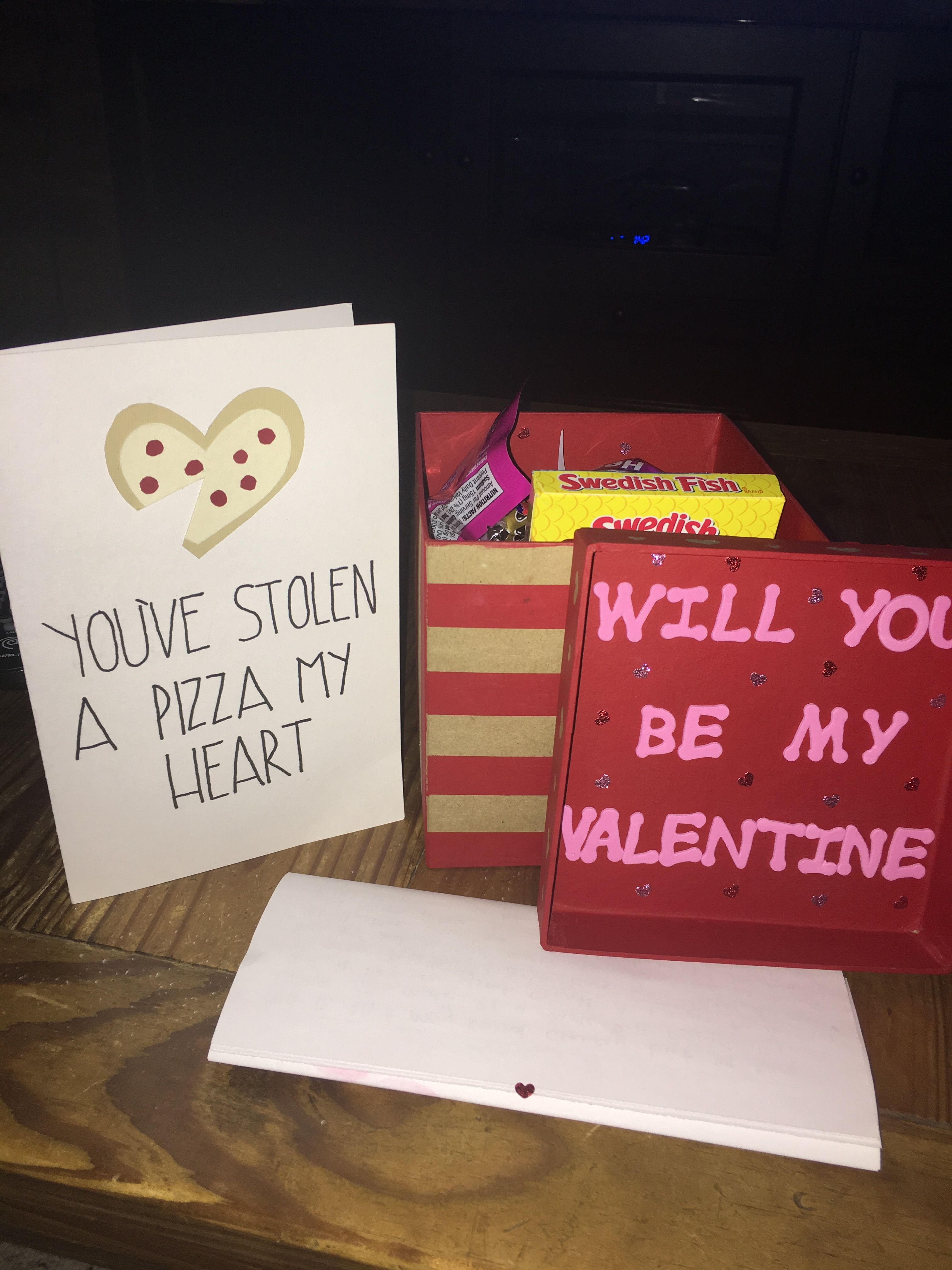 cute valentine's day gift idea for boyfriend/girlfriend. diy box of