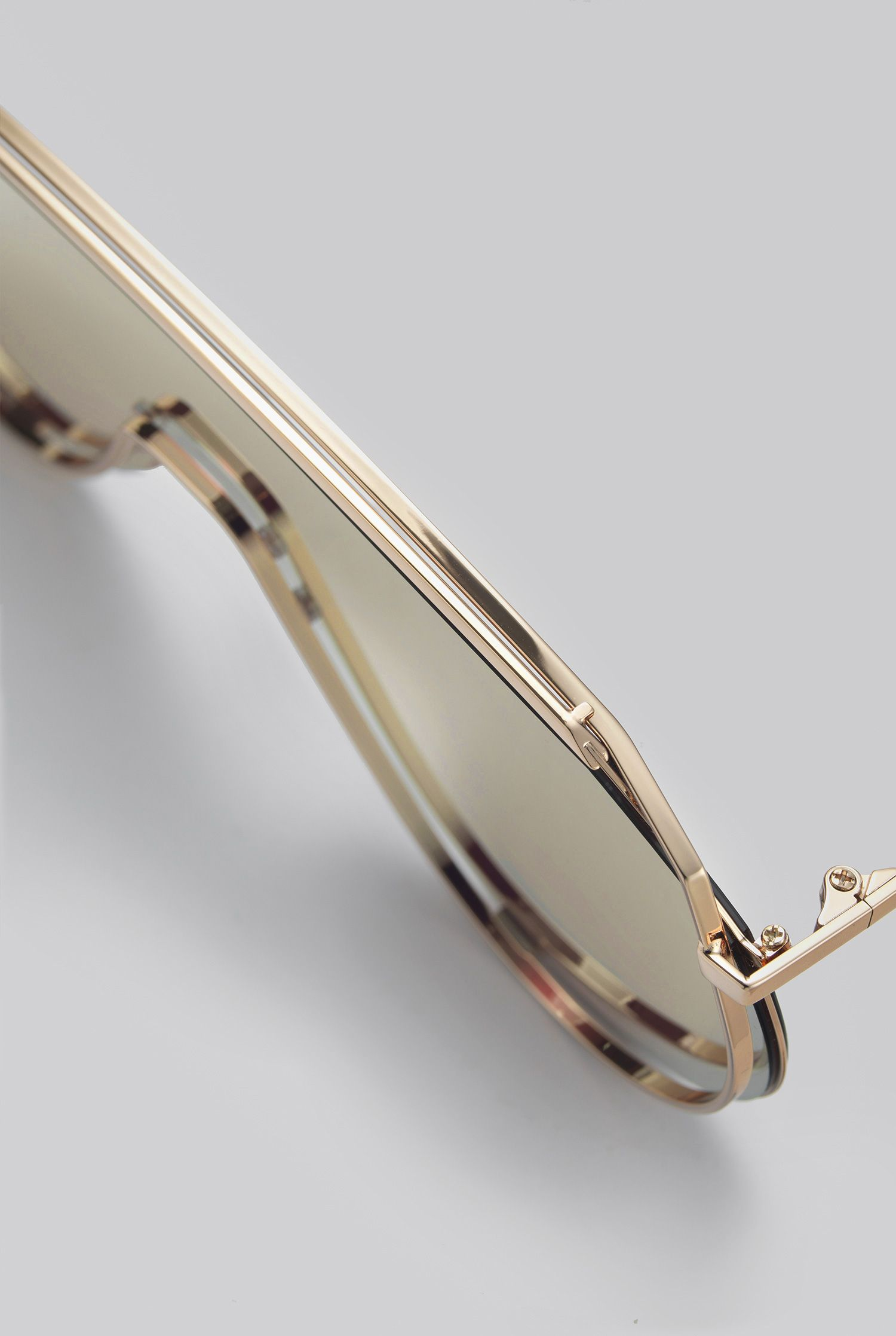 42b7bf5e9216 GENTLE MONSTER 2018 Sunglasses AFIX 032(14M) Stainless steel frame in gold