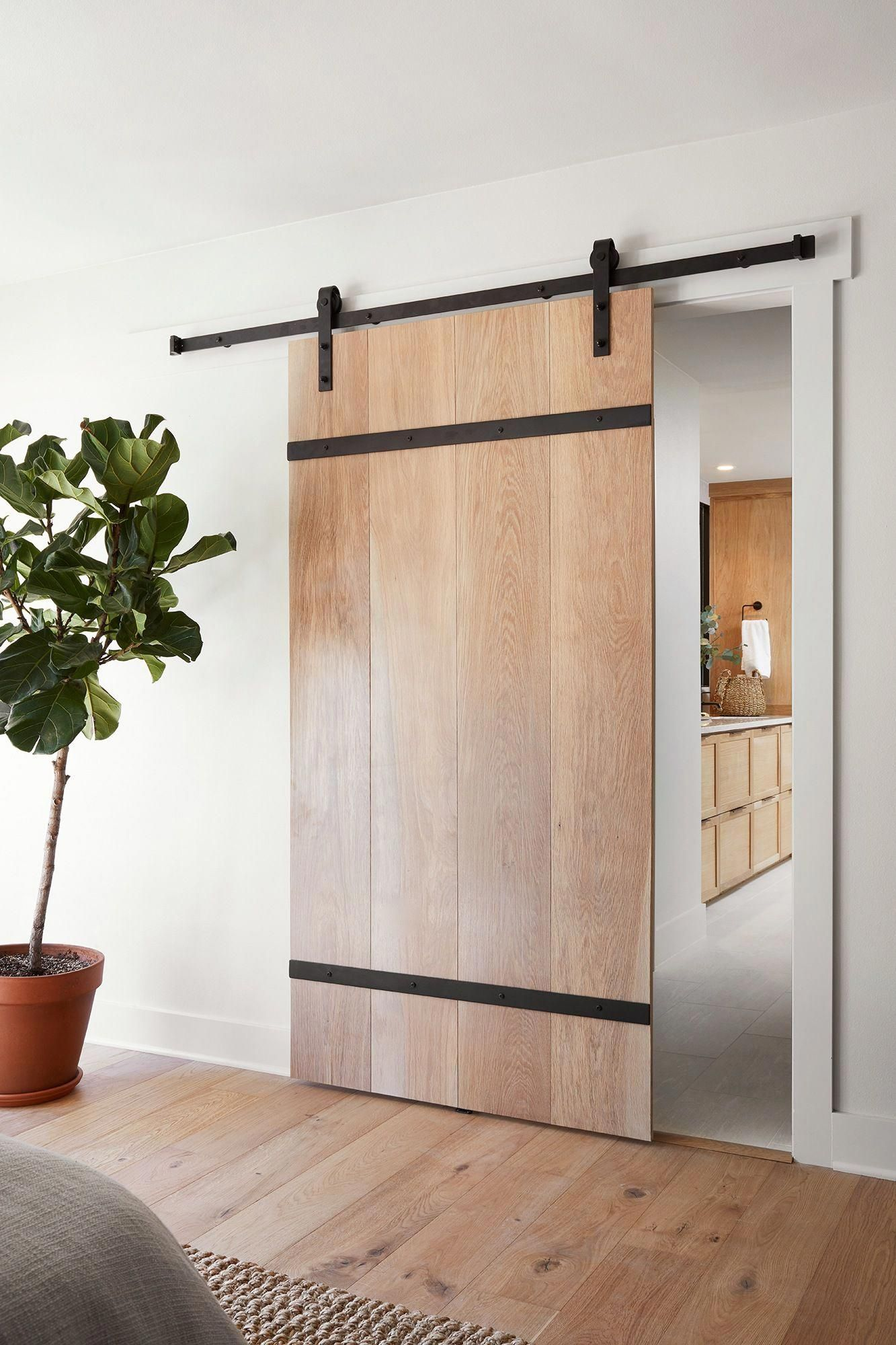 This Unique Thing Is The Most Inspiring And Impressive Idea Slidingbarndoor Modern Barn Door Barn Door Designs Modern Door