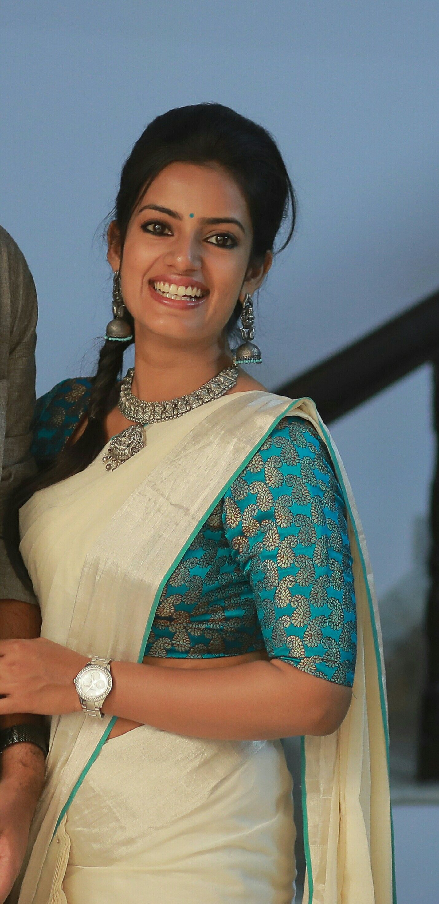 48b12287a9b Kerala saree. Silver zari. Silver temple jewellery. Brocade blouse ...