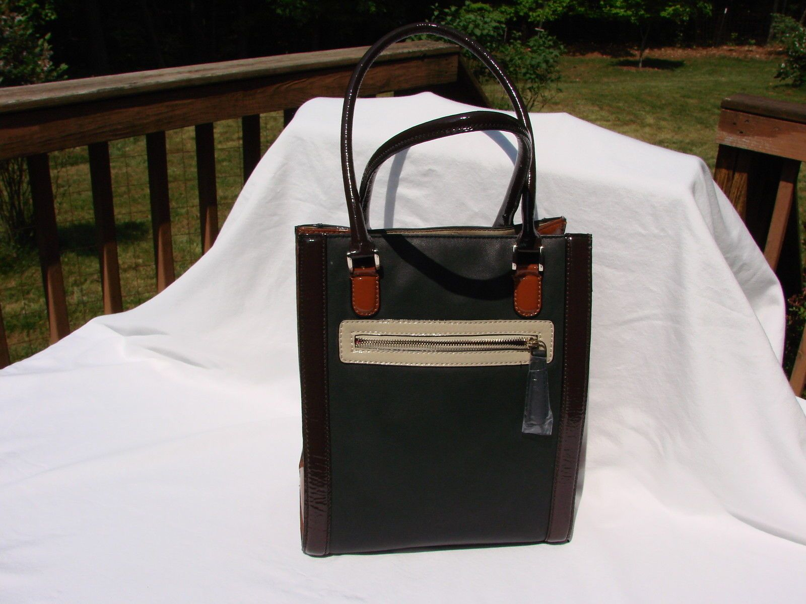 40f999aa7c Guess Purse New With Tags Perfect L  K  39.5. Guess Purse New With Tags  Perfect L  K  39.5. GUESS Triangle Logo Brown Black Large Tote Delaney Bag