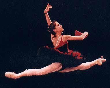 Paloma Herrera es una bailarina de ballet argentina, actualmente bailarina principal del American Ballet Theatre, una de las artistas hispanas consagradas en la escena mundial del ballet, con una deslumbrante carrera. *