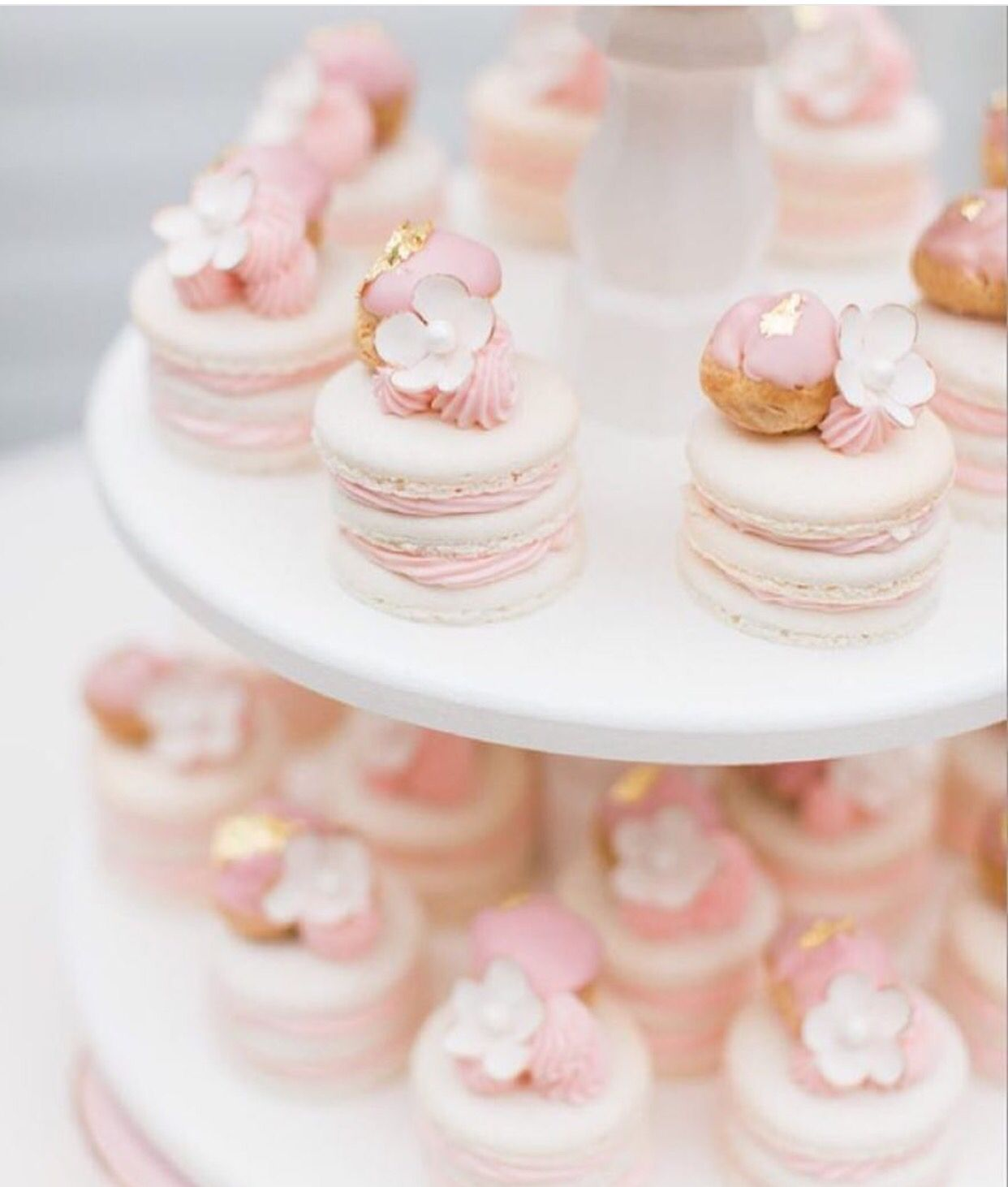 macaroon cake stand - photo #26