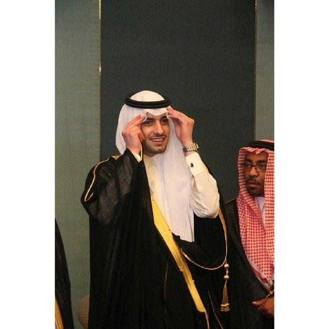 زواج الامير خالد بن مشهور خالد بن مشهور الهلال الزعيم Nun Dress Fashion Academic Dress