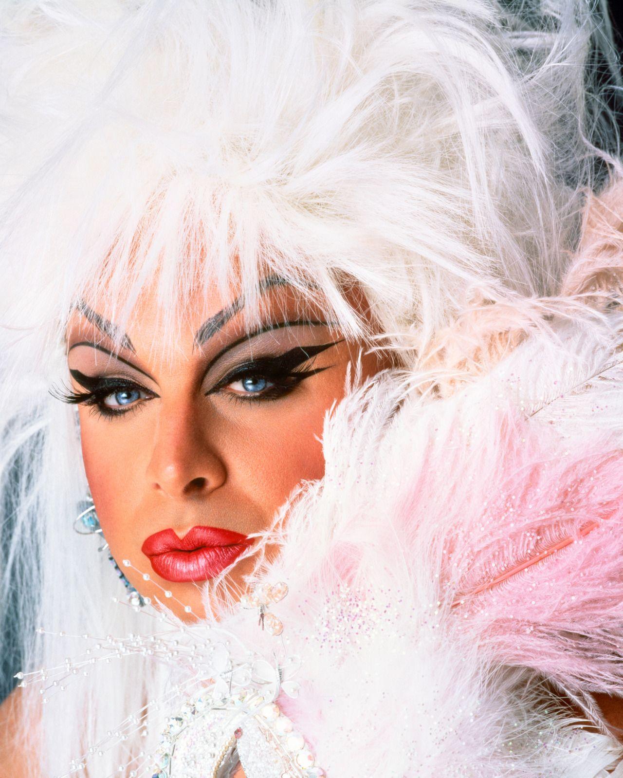 d.i.v.i.n.e | d-i-v-i-n-e! | pinterest | queens, gay and idol