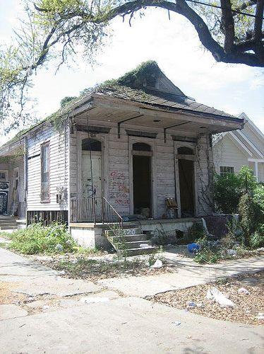 Abandoned shotgun house - New Orleans, Louisiana