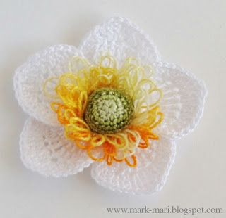 Mark-Mari: А - Анемона - Beautiful crochet Anemone. In Russian but there are excellent pics and a drawing.