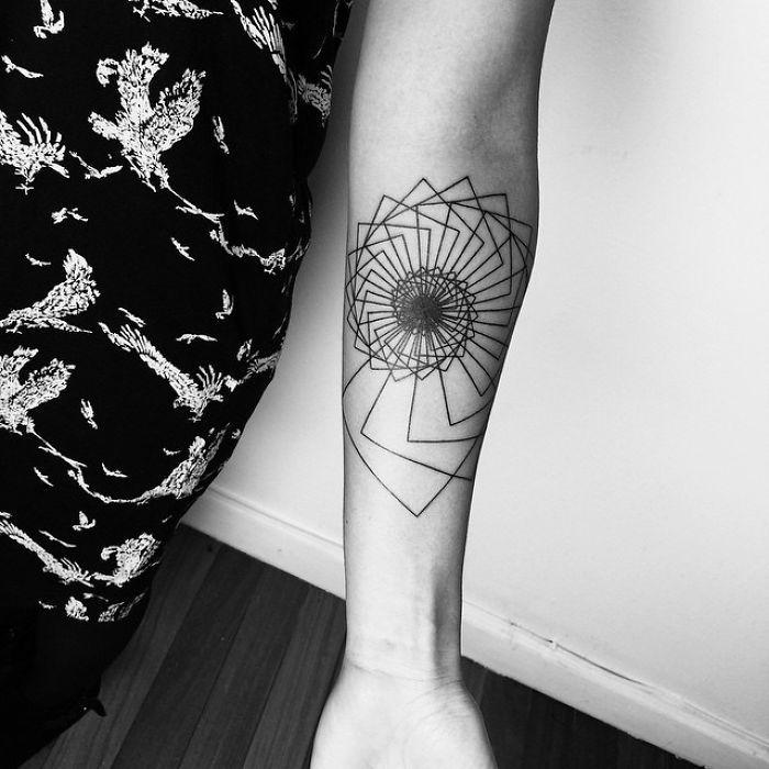 Arm Spiral Down Blackwork Tattoo By Matt Matik Tattoo | Bored Panda