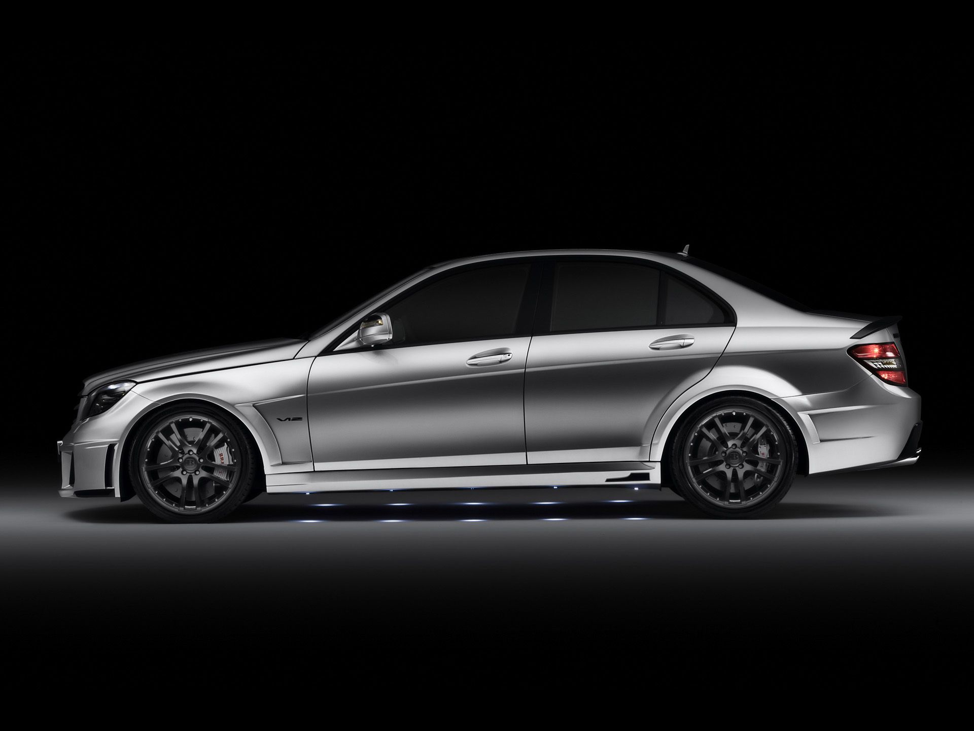 Full HD Wallpapers Cars Mercedes Benz CClass Year