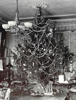 in the late 1800's glass ornaments were first introduced into the ...