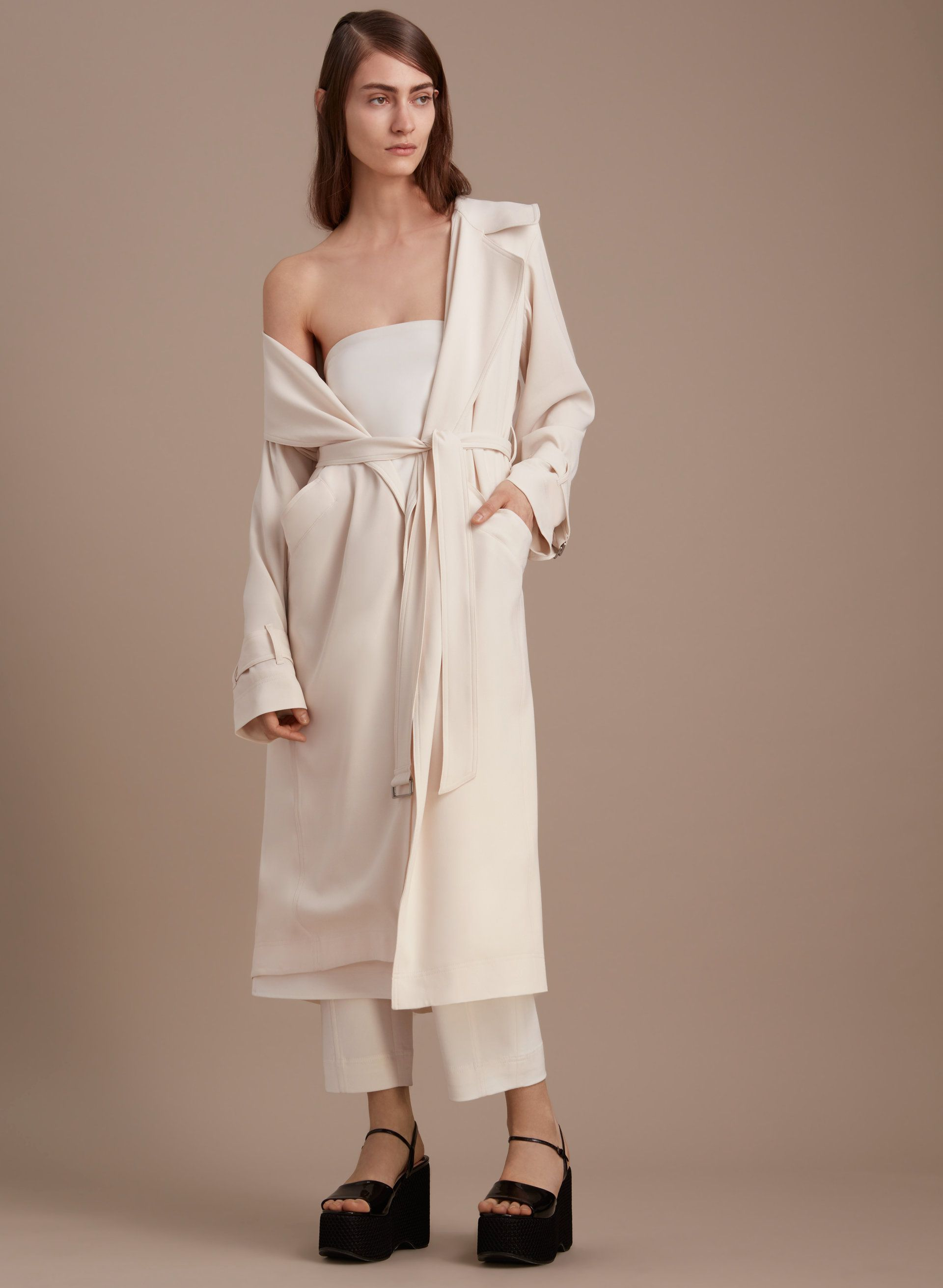 1-01 Babaton CATERINA TRENCH COAT | Aritzia | Get the look: Summer ...